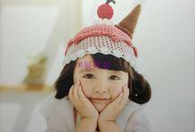 Studying children's hats
