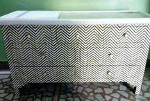Bone inlay dresser//Chest of drawer