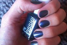 Essie  / new nail lacquer