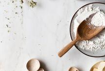 INSPIRATIONEN: FOOD FOTOGRAFIE / Auf dieser Pinnwand findet ihr viele schöne Beispiele für Food Fotografie. Zu dem sind in vielen Beiträgen tolle Tipps und Tricks enthalten für schöne Food Fotos.