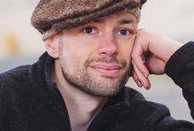 Вязание для мужчин / Knitting for men / Стильные вязаные идеи для мужчин - жакеты и пуловеры, шапки, шарфы, другие аксессуары.  Knitting ideas for men - jackets, pullovers, hats, scarves, other accessoires