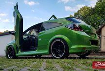 Opel Astra green