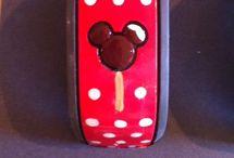 Disney / Pins dedicated to getting in the spirit of Disney
