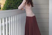Skirts, skirts, skirts !
