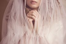 Wedding Veils / It's been said that many brides have their 'Bingo!' dress moment only once the veil has been placed on their head. So, when trying on dresses, be sure to ask to add a veil with each dress that you try on. Your wedding dress shop stylist should be able to advise on lengths, but if you're looking for more ideas, below are the key lengths and styles to know about and what kind of dresses they suit.