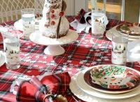 Tablescapes | Christmas / Setting a beautiful Christmas tablescape.