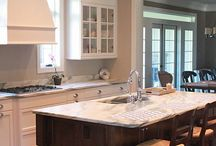 Fav Kitchens / by Michelle Hawkins