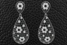 Black & White Jewelry