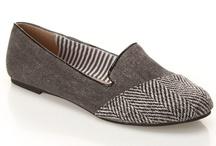 Zapatos / by Alhyssa Villalta