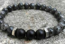 bracelers