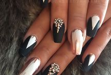 Gold black white nails