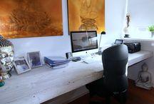 Maatwerk / Fennik & Co heeft zijn eigen assortiment meubelen en accessoires , maar natuurlijk is het ook mogelijk om meubelen en/of accessoires op maat te laten maken, naar je eigen ontwerp en in de door jou gewenste afmetingen. Je kunt dan denken aan; Tafels, loungemeubelen, opbergkisten, plantenbakken, bedden, kasten, wandborden etc.