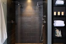 dark toned bathrooms / bathroom decorating