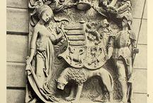 Heraldry: 15C monuments