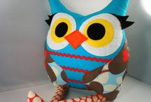 Owls / I ❤ owls.  / by Caren Lawrence
