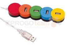 USB HUB / USB HUB nebo-li rozbočovaš Vám elegantně vyřeší problém s nedostatkem portů. USB HUB Vám umožňuje připojení více USB zařízení na jeden USB port počítače. Jedná se o výborný doplněk běžných počítačů, notebooků nebo v dnešní době populárních netbooků, které jsou vybaveny jen omezeným počtem rozhraní.