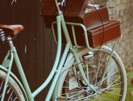 Bycycles + vintage / by Renata Orlo