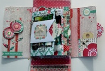 Scrapbooking mini albums
