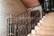 Grande forge, серия Classic, кованые ограждения лестницы / Фото лестниц и лестничных ограждений серии Classic производства французской компании Grande forge, установленных нашей компанией.