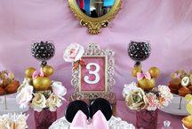 Minie Mouse Royalty Party, Cumpleaños Exclusivos. / Una nueva propuesta en tonos rosados, blancos y dorados.