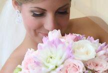 Wedding Flower Ideas / by Hanna Brownlee
