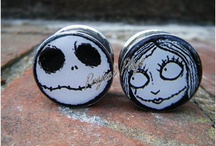 plugs and ear tunnels