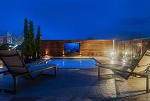 Piscinas convidativas / Uma paixão nacional! É muito provável que quando alguém pense em uma casa dos sonhos, nela esteja incluso uma bela piscina para o lazer da família.