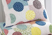 EASY QUILTS - CIRCLES / by Pamelita Carmasweeta