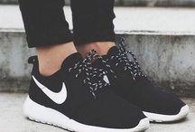 παπουτσια και γόβες
