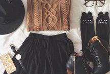 Fashion / Style  Ideas  Inspiration  Ootd  Dress  Crop Tops  Skirts  Shorts  Black  Jeans  Cardigan