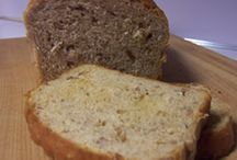 Food: Bread / by Hollee Elam