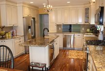 Dream Kitchen Ideas / Kitchen colors and gorgeous kitchen inspiration that we love