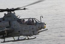 Cobra helicotero de guerra /  Cobra helicóptero de guerra
