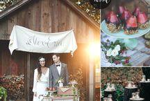 Hochzeit in Dunkelrot
