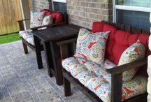 Outdoor furniture/entertaining spaces / by Beth Briggs
