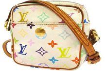 Depot vente louis vuitton / Tous nos modèles de sacs a main d'occasion en vente dans notre magasin ==> http://www.depot-vente-luxor.com/maroquinerie/sacs-a-main/louis-vuitton/