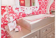 Elegantly Flocked Damask Wallpapers