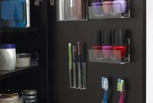 Addicted to Organization / I love to organize! I also love not having tons of crap to organize!