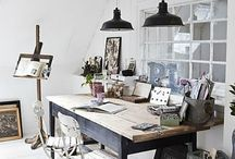 Work Space + Studio / Inspiration for work space or design studio / photography studio / art studio