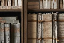 vanhat kirjat ja paperi