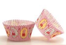 Baking Cups / Cupcake papiertjes in verschillende thema's en kleuren.