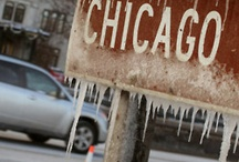 Chicago / Chicago je třetí nejlidnatější město Spojených států amerických, více obyvatel mají pouze New York a Los Angeles. Metropolitní oblast Chicaga má takřka 10 milionů obyvatel. Město se nachází ve státě Illinois při pobřeží Michiganského jezera.