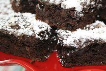 Brownies,Fudge & Dessert Bars / by Sherry Hebert
