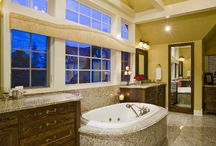 Stunning Bathroom Design / Interior design and decor ideas of breath taking bathrooms painted by Sherwood Painting.