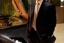 Bruce Wayne (Christian Bale)