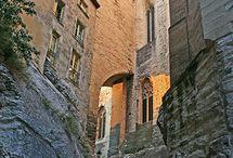 Avignon à 45km de Fontenelle / Découverte de le ville d'Avignon à 40 minutes de la Résidence de Vacances Fontenelle