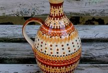 Polished pottery / Polished pottery