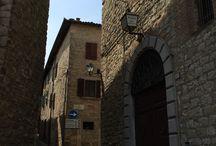 Relais Il Castello / Relais Il Castello a Monte Castello di Vibio: venite a trovarci è una località da non perdere per chi ha voglia di relax, serenità , tranquillità e paesaggi mozzafiato...