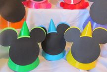 Fiesta Mickey Mouse/ Minnie / by beth d