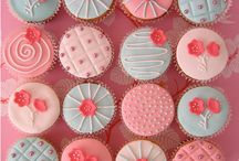 Cup Cakes - Yum!!